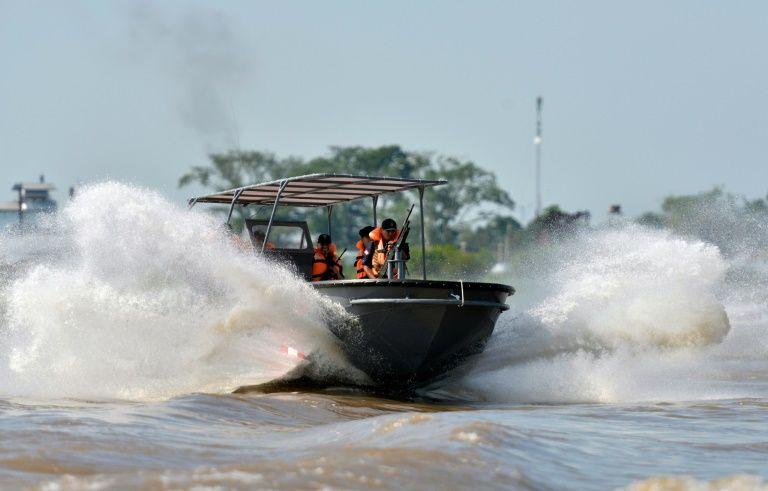 Piratas asaltan un crucero turístico en el río Amazonas