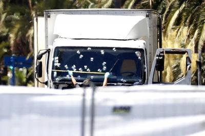 Un delincuente de poca monta y con problemas familiares, autor de la masacre en Niza