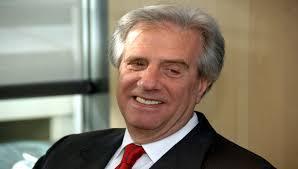 FACTUM registró un salto de 11 puntos en la aprobación del presidente Vázquez; la mitad del país aprueba su gestión