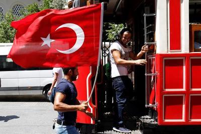 Tras el intento golpista destituyen a 2.745 jueces en Turquía