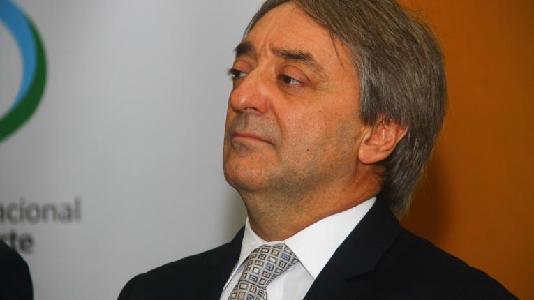 Gobierno insiste a la AUF por situación de Cerro
