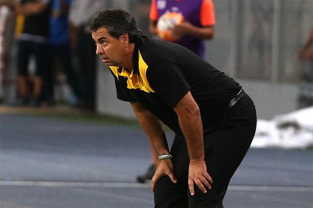 Universidad de Chile goleó a Peñarol 3 a 0; Da Silva conforme....