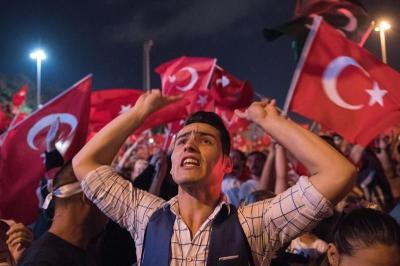 103 generales turcos, casi un tercio del total, detenidos por golpismo