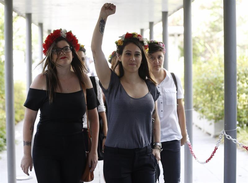 """Abogados Cristianos de España piden justicia con Femen por su conducta """"violenta"""""""