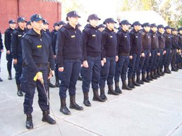 Ciudadanos uruguayos con buen nivel de estudios buscan incorporarse a la Policía atraídos por sueldos