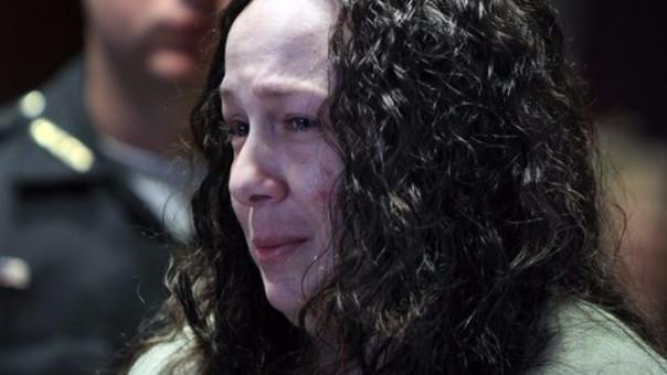 Mujer adicta a la heroína entregó a su hija de 11 años a traficante de drogas