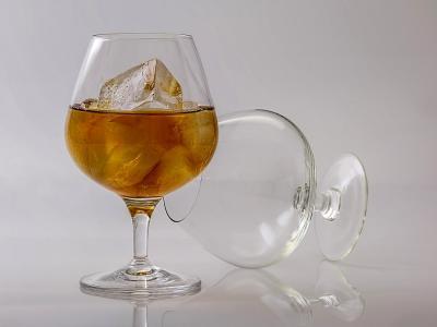 Hay neuronas que nos piden parar de beber alcohol