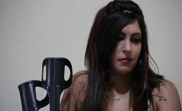 Su ex pareja la atacó brutalmente y mató a sus hijos