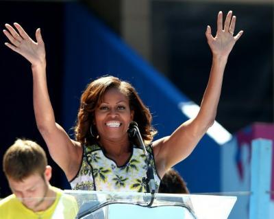 Michelle Obama canta en el auto mientras da vueltas a la Casa Blanca