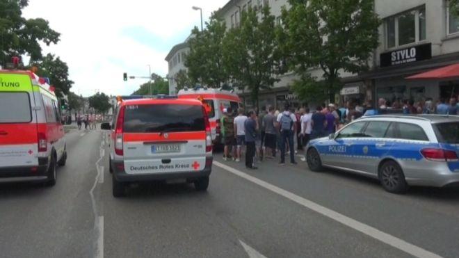 Con un machete joven sirio mata a una mujer y hiere a otras dos personas en Alemania