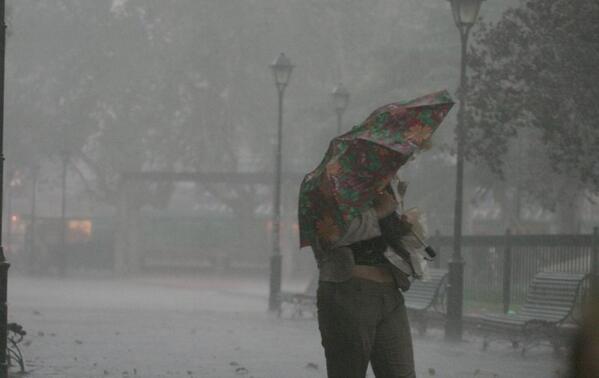 Uruguayos se preparan para llegada de ciclón anunciado para este lunes por Meteorología