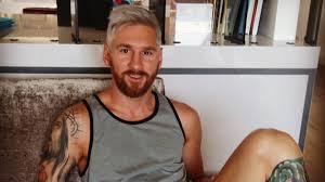"""""""Leo"""" Messi se tiñó de rubio"""