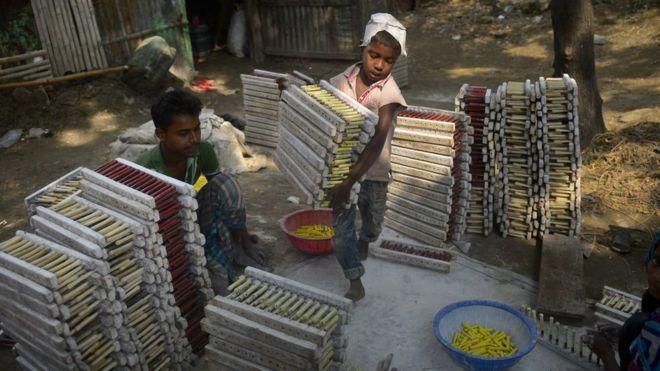 Compañeros matan brutalmente a niño trabajador de 10 años en una fábrica textil de Bangladesh
