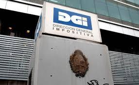 """""""Gran Hermano"""" no perdona: DGI cruzará datos con tarjetas de crédito para verificar declaración de IRPF"""