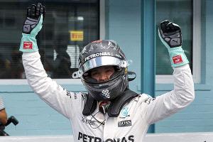 """Rosberg superó a Hamilton y se quedó con la """"pole position"""" en el GP de Alemania"""