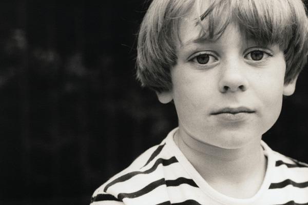 Psicólogo de Harvard da 5 consejos para criar buenos hijos