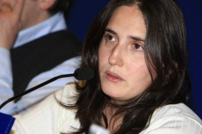 "Macarena Gelman: sacar beneficios a universidades privadas fue decisión ""programática"", no recaudatoria"