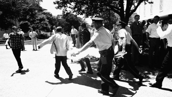 Matanza en la Universidad de Texas: cómo fue el primer tiroteo masivo de EEUU hace 50 años
