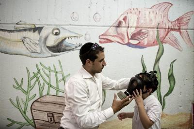 Israel compra máscaras antigás a empresas que las vendieron a los nazis