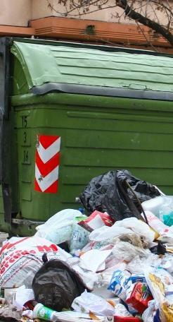 Intendencia de Montevideo recibe camiones y prepara limpieza para el viernes