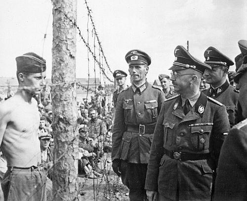 Hallaron escalofriantes confesiones en los diarios de Himmler, mano derecha de Hitler