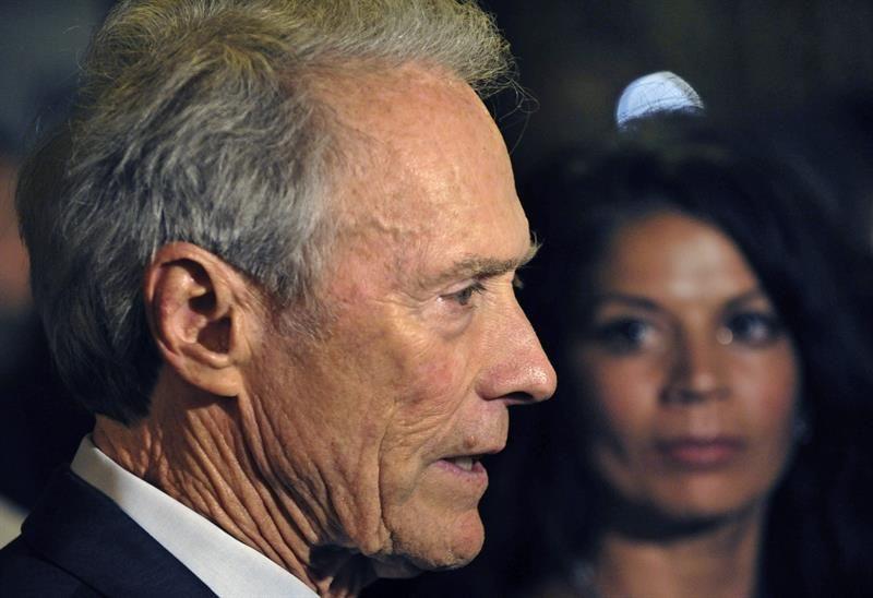 """Clint Eastwood muestra su simpatía por Trump frente a los """"lameculos"""""""