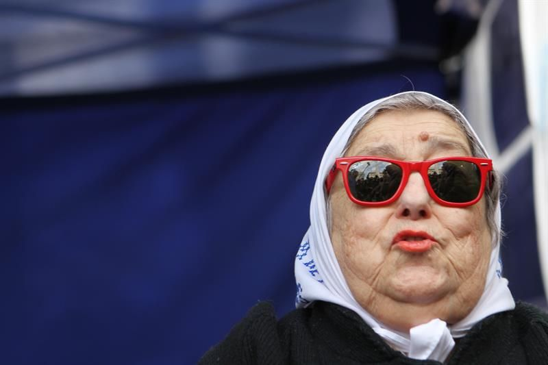 Fallido arresto de Bonafini impulsa a kirchnerismo a un acto contra el Gobierno