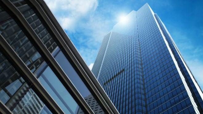 """El rascacielos para millonarios de San Francisco que se está hundiendo a un ritmo """"alarmante"""""""