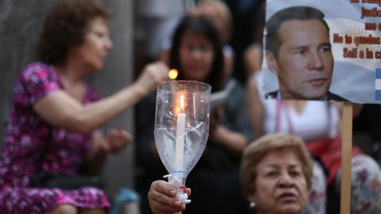 Juez rechaza reabrir denuncia de Nisman contra Cristina