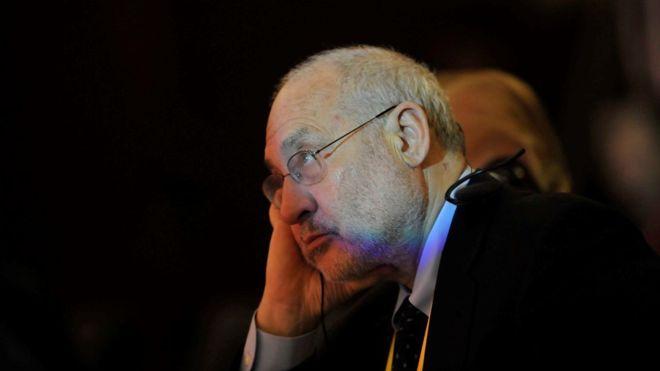 Nobel de Economía Joseph Stiglitz renuncia a seguir como consejero del gobierno panameño para el caso de los Panamá Papers