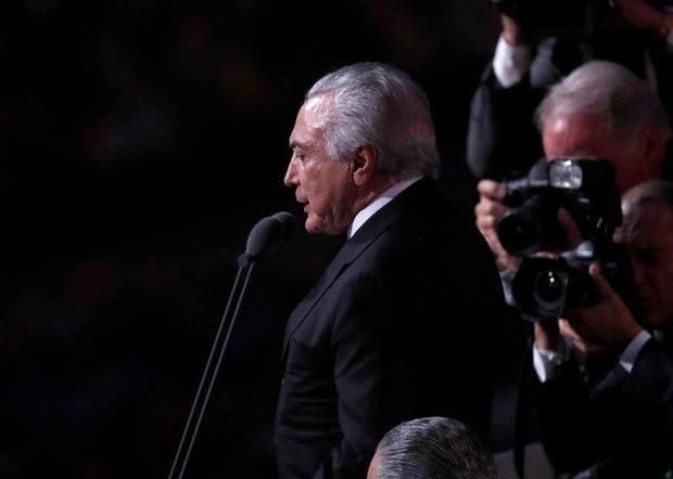 """Fora Temer"": El abucheo al ""presidente"" a pesar de su brevísimo discurso"