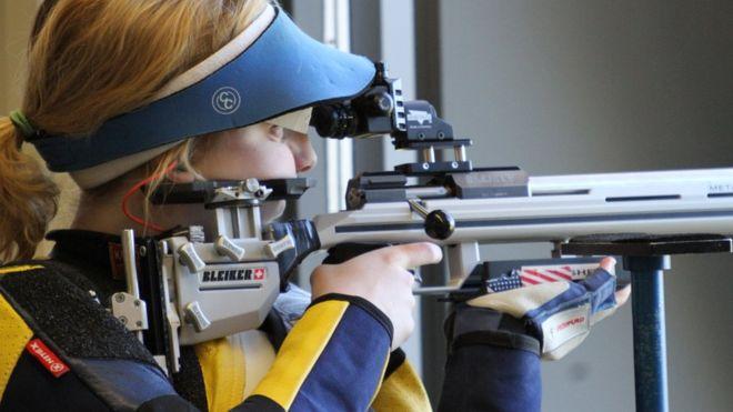 Una estadounidense sorprende y gana la primera medalla de oro de las Olimpiadas de Río