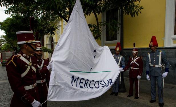 Paraguay quiere un Mercosur sin Venezuela....ni Uruguay