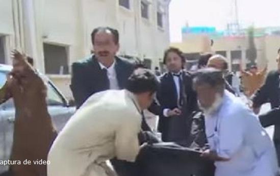 Horror en Pakistán: Más de 60 muertos deja ataque suicida en hospital