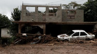 Al menos 40 muertos y miles de damnificados dejó la tormenta Earl en México