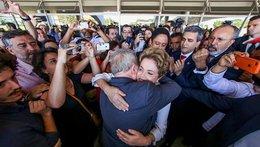 Lula, héroe en desgracia, deja a Brasil huérfano de líderes