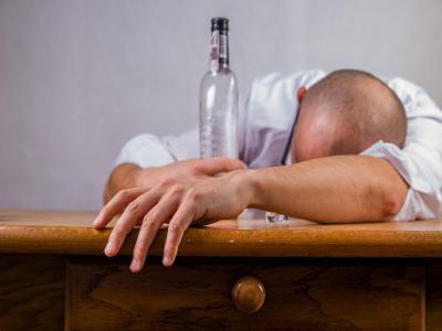 El alcohol también debilita los pulmones, según último estudio científico