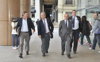 Larrañaga le cortó los humos a Lacalle Pou: Partido Nacional aseguró su continuidad en multipartidaria