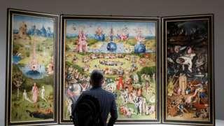 """Los mensajes escondidos en """"El jardín de las delicias"""", el cuadro más famoso y enigmático de El Bosco"""