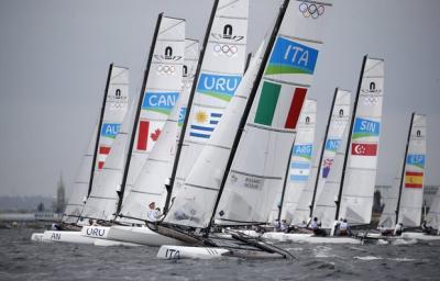 Velas uruguayas se trancaron en Río
