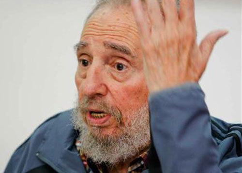 """Fidel Castro celebró sus 90 años: """"La especie humana se enfrenta hoy al mayor riesgo de su historia"""""""
