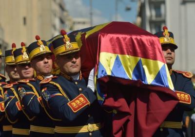 """Funeral de la """"última reina de Rumanía"""", Ana de Borbón-Parma"""