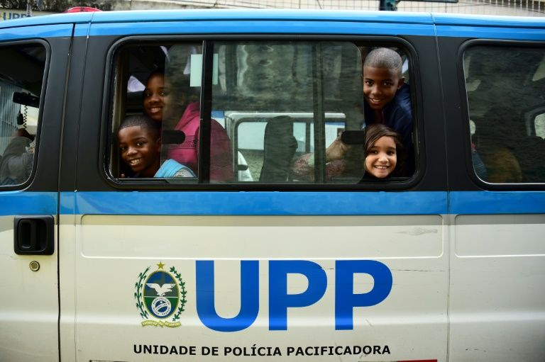 """""""¡Esto es para ricos!"""", la sorpresa de los niños de una favela en el Parque Olímpico"""