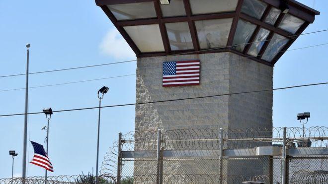 Estados Unidos transfiere 15 presos de Guantánamo a Emiratos Árabes Unidos