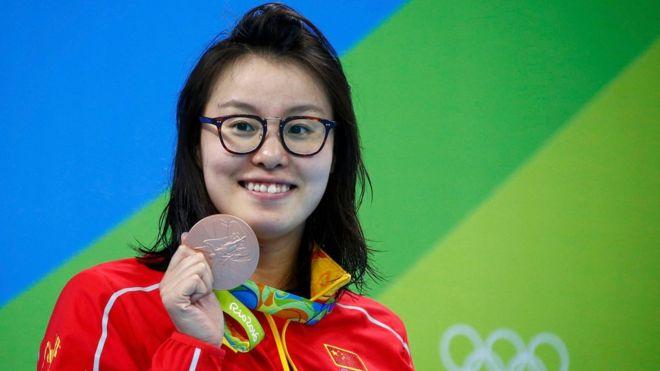 """""""Es porque me vino la regla"""": la confesión de la nadadora china"""