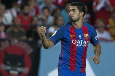 """""""Suárez hijo de puta"""": la furia de los hinchas del Sevilla"""