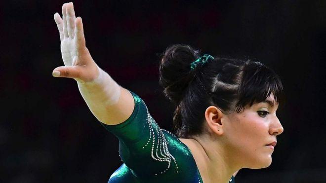 """""""Me dolió. No soy un robot que no siente""""; dice gimnasta mexicana criticada por su peso en las Olimpiadas"""