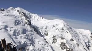 Fallecen tres alpinistas en el macizo del Mont Blanc