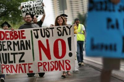 El gobierno de EEUU dejará de usar cárceles privadas
