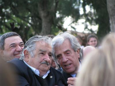 """""""Uruguay no necesita un avión y es bueno que siga siendo así"""", dijo José Mujica."""